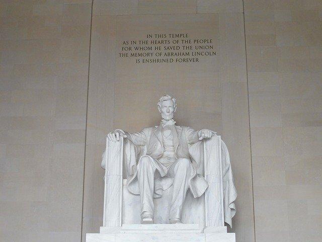 Abraham Lincoln Monument  - Stephen494 / Pixabay