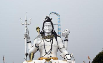 Lord Shiva India God Hindu  - surensisodiya / Pixabay